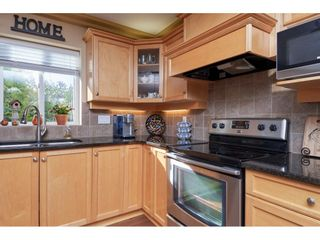 """Photo 7: 1424 BISHOP Road: White Rock House for sale in """"WHITE ROCK"""" (South Surrey White Rock)  : MLS®# R2540796"""