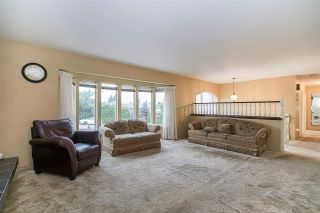 Photo 3: 1735 FELL Avenue in Burnaby: Parkcrest House for sale (Burnaby North)  : MLS®# R2236958