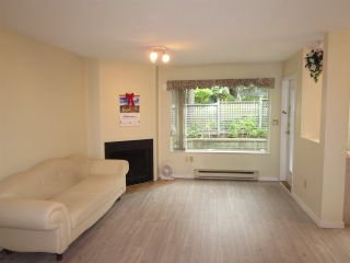 Photo 2: 3329 MARQUETTE CRESCENT in Vancouver: Champlain Heights Townhouse for sale (Vancouver East)  : MLS®# R2190732