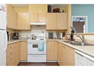 """Photo 6: # 303 580 12TH ST in New Westminster: Uptown NW Condo for sale in """"THE REGENCY"""" : MLS®# V912758"""