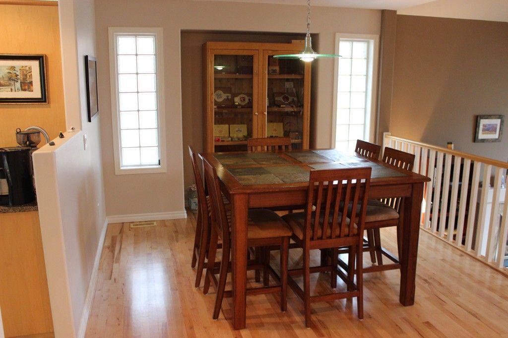Photo 8: Photos: 3581 Navatanee Drive in Kamloops: Rivershore Estates House for sale : MLS®# 117351