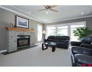 """Photo 6: 1693 137TH Street in Surrey: Sunnyside Park Surrey House for sale in """"BELL PARK"""" (South Surrey White Rock)  : MLS®# F2915357"""