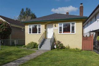 "Photo 1: 6445 ONTARIO Street in Vancouver: Oakridge VW House for sale in ""Oakridge/Langara Cambie Corridor Phase 3"" (Vancouver West)  : MLS®# R2558081"