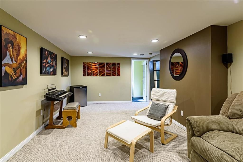 Photo 32: Photos: 603 Fleming Avenue in Winnipeg: Residential for sale (3B)  : MLS®# 202113289