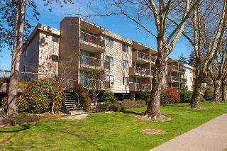 "Photo 15: 125 8511 ACKROYD Road in Richmond: Brighouse Condo for sale in ""LEXINGTON SQUARE"" : MLS®# R2354588"