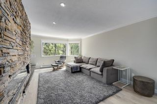 """Photo 5: 2G 1400 GEORGE Street: White Rock Condo for sale in """"GEORGIAN PLACE"""" (South Surrey White Rock)  : MLS®# R2621724"""