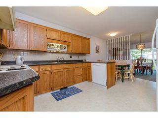 """Photo 4: 50 3054 TRAFALGAR Street in Abbotsford: Central Abbotsford Townhouse for sale in """"Whispering Pines"""" : MLS®# R2183313"""