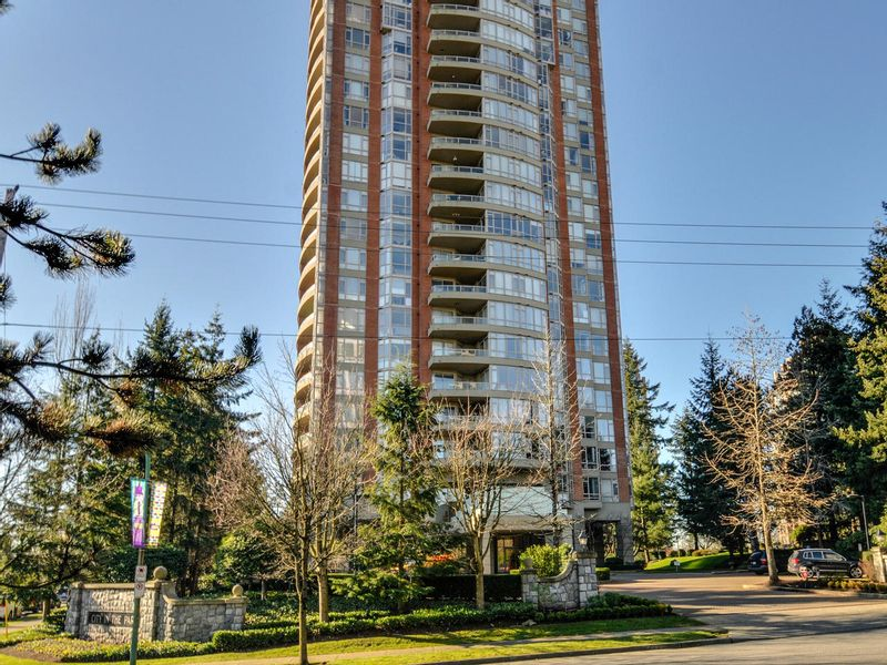FEATURED LISTING: 903 - 6888 STATION HILL Drive Burnaby