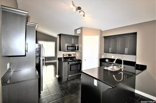 Photo 7: 142 Senick Crescent in Saskatoon: Stonebridge Residential for sale : MLS®# SK833191