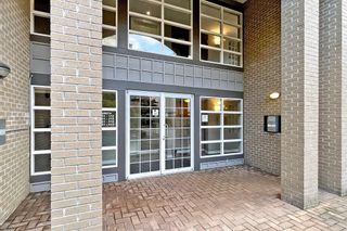 Photo 5: 106 20200 56 Avenue in Langley: Langley City Condo for sale : MLS®# R2620442