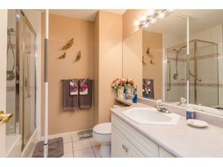 """Photo 19: 157 13888 70 Avenue in Surrey: East Newton Townhouse for sale in """"CHELSEA GARDENS"""" : MLS®# R2490894"""