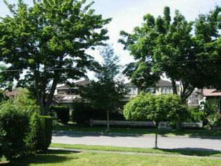 Photo 2: 2332 W 47TH AV in Vancouver: Kerrisdale House for sale (Vancouver West)  : MLS®# V599063