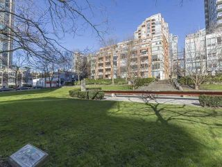Photo 1: 503 888 PACIFIC STREET in Vancouver West: Home for sale : MLS®# R2008466