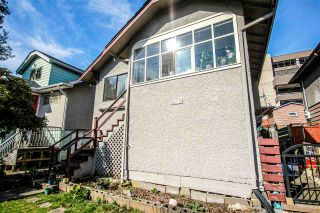 Photo 4: 3657 E PENDER Street in Vancouver: Renfrew VE House for sale (Vancouver East)  : MLS®# R2561375
