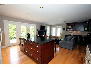 """Photo 8: 5539 4TH Avenue in Tsawwassen: Pebble Hill House for sale in """"PEBBLE HILL"""" : MLS®# V1067813"""