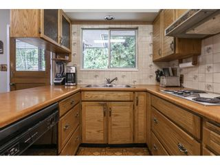 Photo 10: 838 DUNDONALD Drive in Port Moody: Glenayre House for sale : MLS®# R2554927