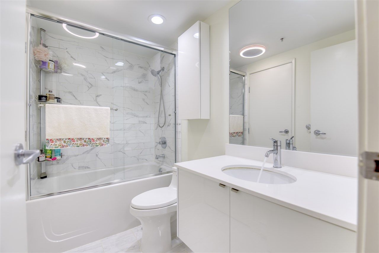 """Photo 21: Photos: 507 124 W 1ST Street in North Vancouver: Lower Lonsdale Condo for sale in """"THE """"Q"""""""" : MLS®# R2509553"""