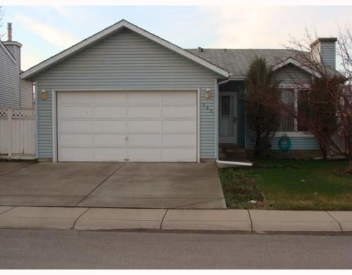 Main Photo: 151 APPLETREE Close SE in CALGARY: Applewood Residential Detached Single Family for sale (Calgary)  : MLS®# C3377516