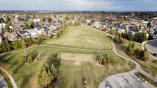 Photo 3: 48 Moreuil Court SW in Calgary: Garrison Woods Detached for sale : MLS®# A1104108