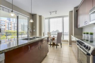 """Photo 10: 301 1550 MARTIN Street: White Rock Condo for sale in """"Sussex House"""" (South Surrey White Rock)  : MLS®# R2309200"""