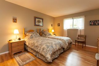 Photo 14: 21583 93B Avenue in Langley: Walnut Grove House for sale : MLS®# R2160482