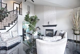 Photo 6: 1980 Sirocco Drive SW in Calgary: Signal Hill Detached for sale : MLS®# A1092008