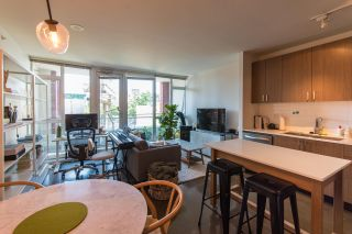 Photo 2: 303 221 UNION Street in Vancouver: Strathcona Condo for sale (Vancouver East)  : MLS®# R2611069