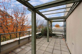 """Photo 5: 302 2288 PINE Street in Vancouver: Fairview VW Condo for sale in """"THE FAIRVIEW"""" (Vancouver West)  : MLS®# R2519056"""