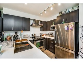 "Photo 9: 518 500 ROYAL Avenue in New Westminster: Downtown NW Condo for sale in ""DOMINION"" : MLS®# R2105408"