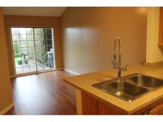 """Photo 7: 15 13499 92ND Avenue in Surrey: Queen Mary Park Surrey Townhouse for sale in """"CHATHAM LANE"""" : MLS®# F1431074"""