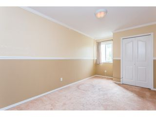 """Photo 16: 10 4855 57 Street in Delta: Hawthorne Townhouse for sale in """"WILLOW LANE"""" (Ladner)  : MLS®# R2395167"""