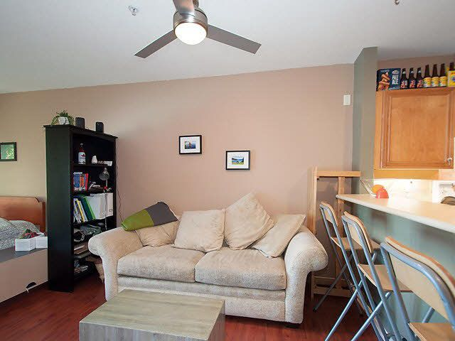 "Photo 5: Photos: 104 2929 W 4TH Avenue in Vancouver: Kitsilano Condo for sale in ""THE MADISON"" (Vancouver West)  : MLS®# V1122128"