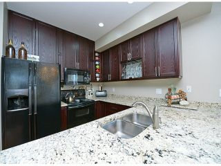 """Photo 7: 121 33751 7TH Avenue in Mission: Mission BC Townhouse for sale in """"Heritage Park Place"""" : MLS®# F1418910"""