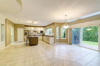 """Photo 12: 1560 PURCELL Drive in Coquitlam: Westwood Plateau House for sale in """"Westwood Plateau"""" : MLS®# R2514539"""