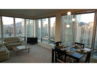 "Photo 5: 1208 989 NELSON Street in Vancouver: Downtown VW Condo for sale in ""Electra"" (Vancouver West)  : MLS®# V1072003"