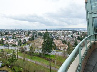 """Photo 4: 1340 7288 ACORN Avenue in Burnaby: Highgate Condo for sale in """"THE DUNHILL"""" (Burnaby South)  : MLS®# V993020"""