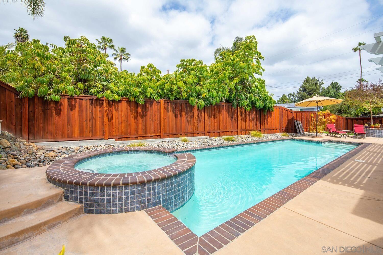 Main Photo: DEL CERRO House for sale : 4 bedrooms : 7278 Viar Avenue in San Diego