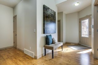 Photo 2: 215 Tuscany Glen Park NW in Calgary: Bungalow for sale : MLS®# C3614233