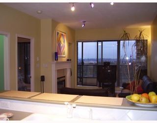 "Photo 9: 805 6837 STATION HILL Drive in Burnaby: South Slope Condo for sale in ""THE CLARIDGES"" (Burnaby South)  : MLS®# V744904"