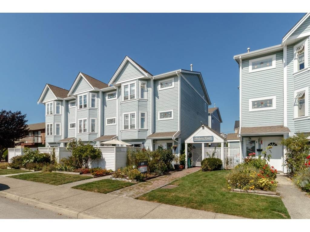 Main Photo: 9 4965 47 AVENUE in Delta: Ladner Elementary Townhouse for sale (Ladner)  : MLS®# R2420312