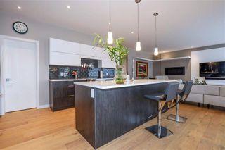 Photo 8: 1753 Grosvenor Avenue in Winnipeg: River Heights Residential for sale (1C)  : MLS®# 202121162
