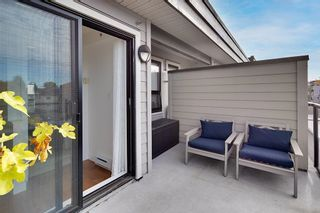 """Photo 14: TH106 1855 STAINSBURY Avenue in Vancouver: Victoria VE Townhouse for sale in """"THE WORKS"""" (Vancouver East)  : MLS®# R2624701"""