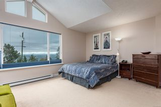 Photo 4: 321 Wireless Rd in : CV Comox (Town of) House for sale (Comox Valley)  : MLS®# 860085