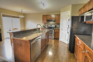 Photo 6: 11 COUGAR RIDGE Court SW in Calgary: Cougar Ridge Detached for sale : MLS®# C4243395