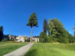 """Photo 33: 32 3405 PLATEAU Boulevard in Coquitlam: Westwood Plateau Townhouse for sale in """"PINNACLE RIDGE"""" : MLS®# R2618663"""