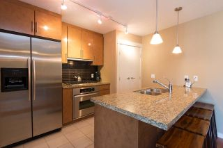 Photo 7: 1607 1189 MELVILLE STREET in Vancouver: Coal Harbour Condo for sale (Vancouver West)  : MLS®# R2199984