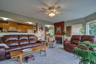 "Photo 9: 4960 ARBUTUS Road in Sechelt: Sechelt District House for sale in ""DAVIS RIDGE ESTATES"" (Sunshine Coast)  : MLS®# R2622482"