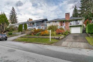 Photo 2: 933 KINSAC Street in Coquitlam: Coquitlam West House for sale : MLS®# R2518051