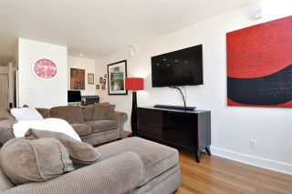 Photo 8: 206 225 SIXTH STREET in New Westminster: Queens Park Condo for sale : MLS®# R2394258