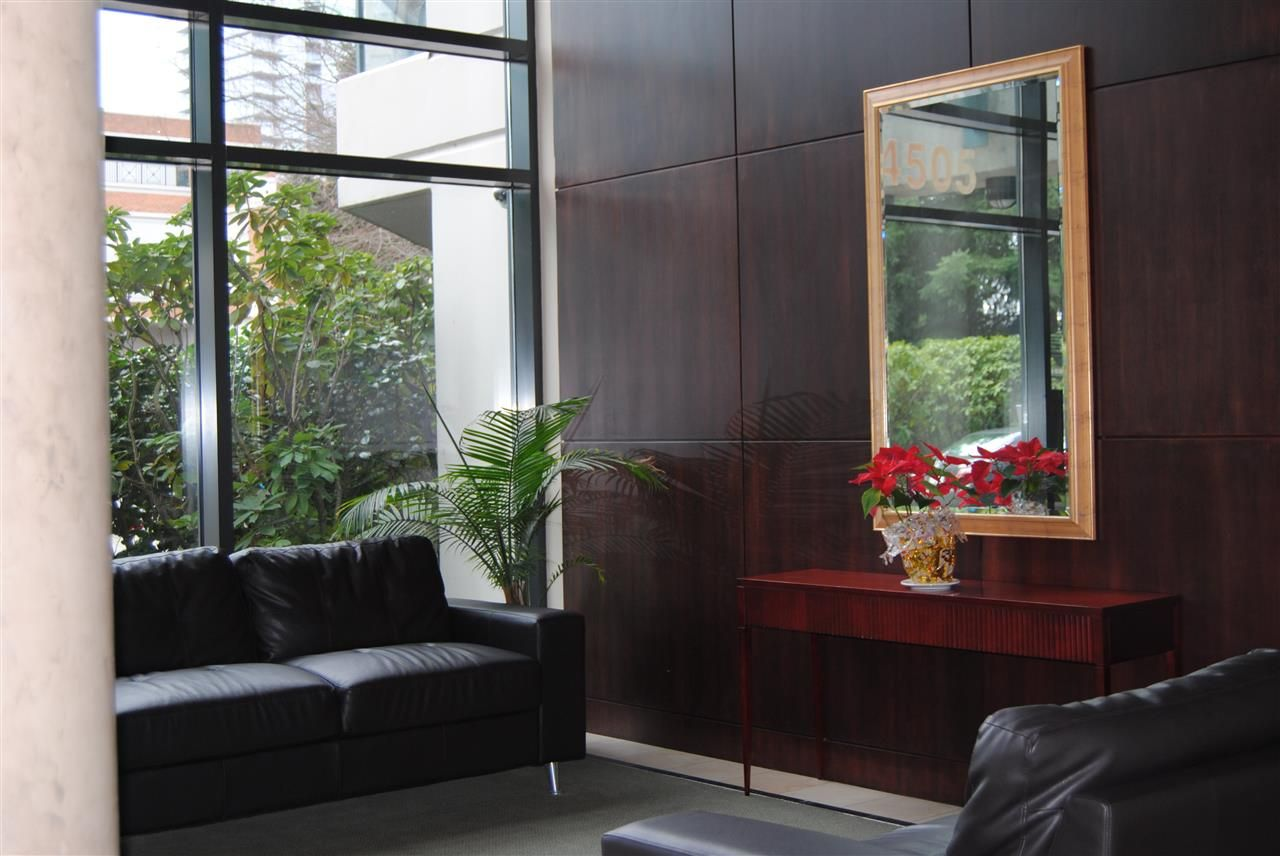 """Photo 7: Photos: 1305 4505 HAZEL Street in Burnaby: Forest Glen BS Condo for sale in """"DYNASTY"""" (Burnaby South)  : MLS®# R2044053"""